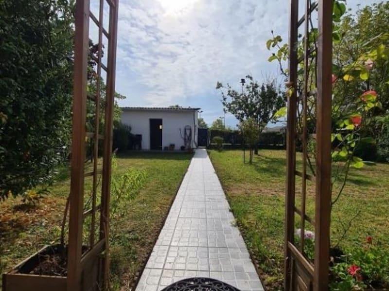 Sale house / villa Ambes 243500€ - Picture 5