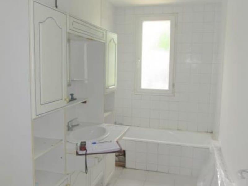 Sale house / villa La reole 144000€ - Picture 4