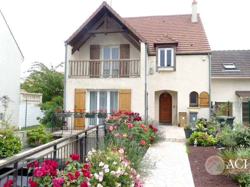 Sale house / villa Groslay 544000€ - Picture 1