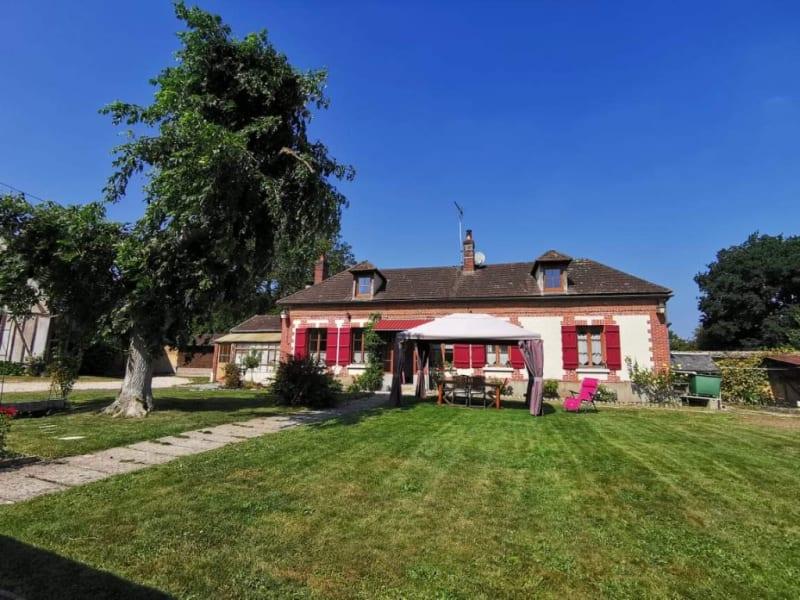Sale house / villa Gisors 273400€ - Picture 2