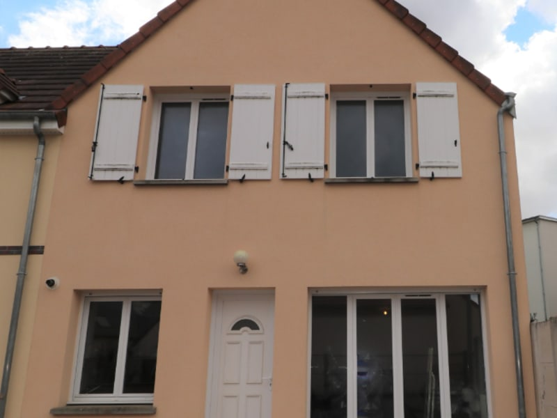 Rental house / villa Luisant 820€ CC - Picture 2