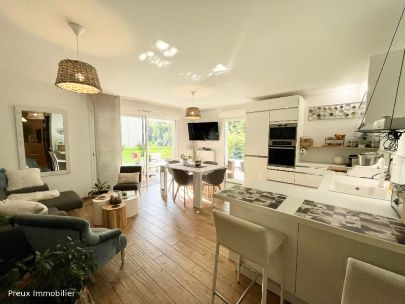 Sale apartment Annecy 530000€ - Picture 2
