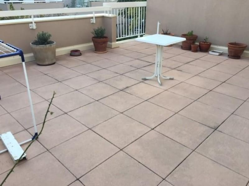 Sale apartment Marignane 231000€ - Picture 2