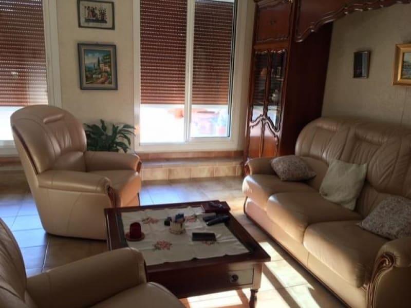 Sale apartment Marignane 231000€ - Picture 5