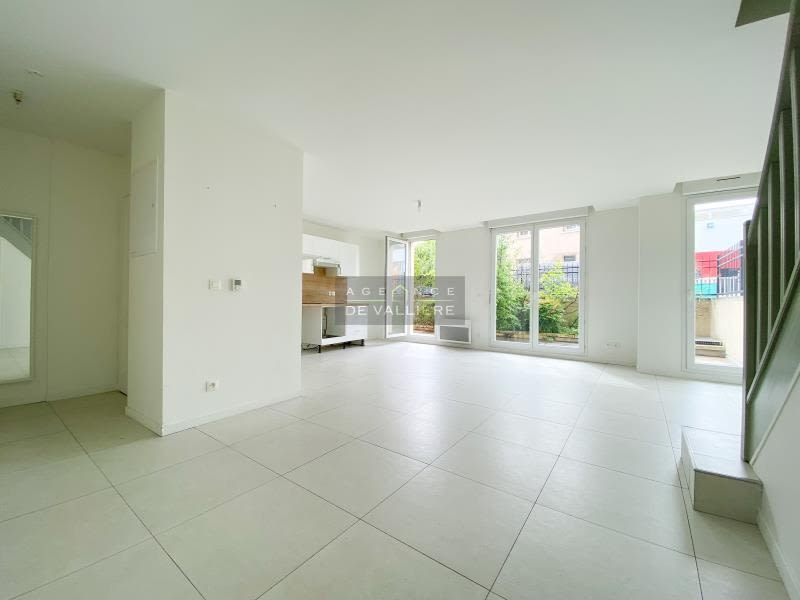 Rental apartment Nanterre 1413,76€ CC - Picture 2