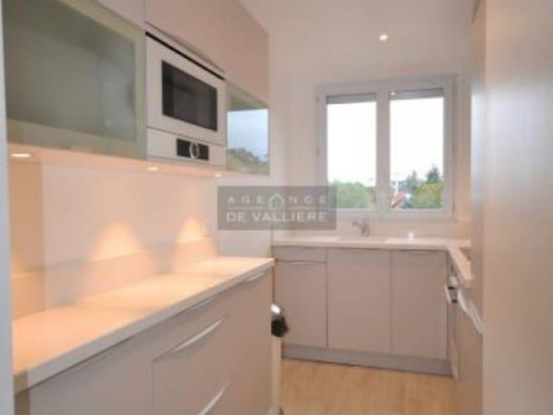 Rental apartment Rueil malmaison 1290€ CC - Picture 4