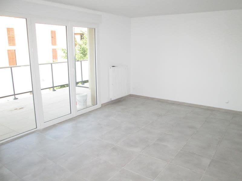 Rental apartment Balaruc le vieux 805€ CC - Picture 2