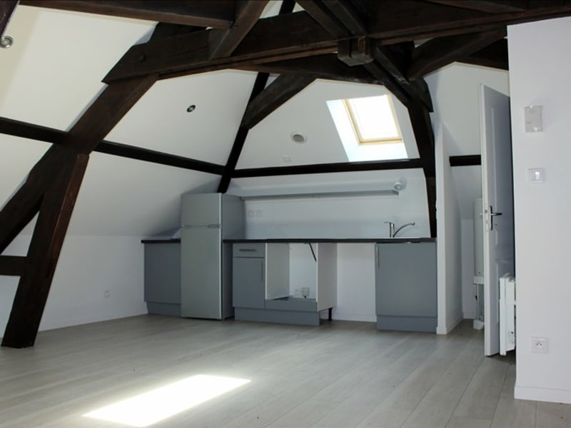Rental apartment Magny en vexin 480€ CC - Picture 1