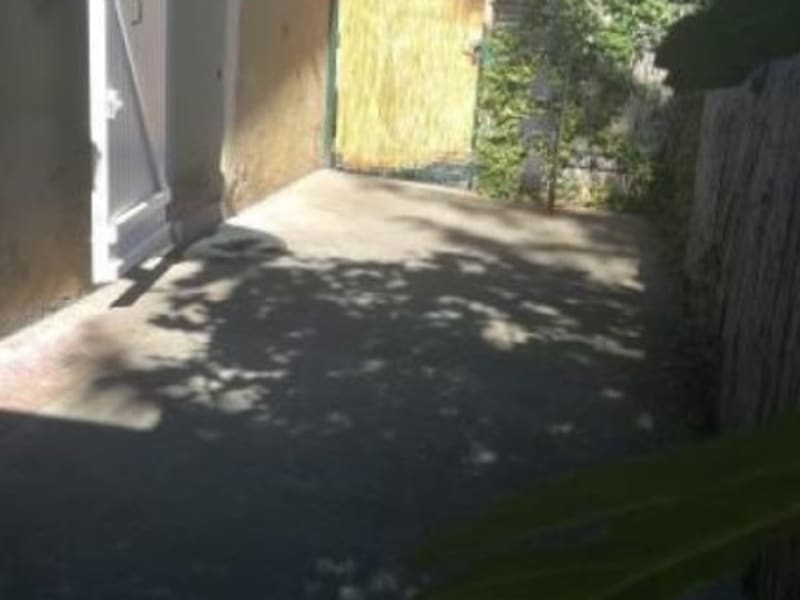 Sale house / villa L isle jourdain 96000€ - Picture 6