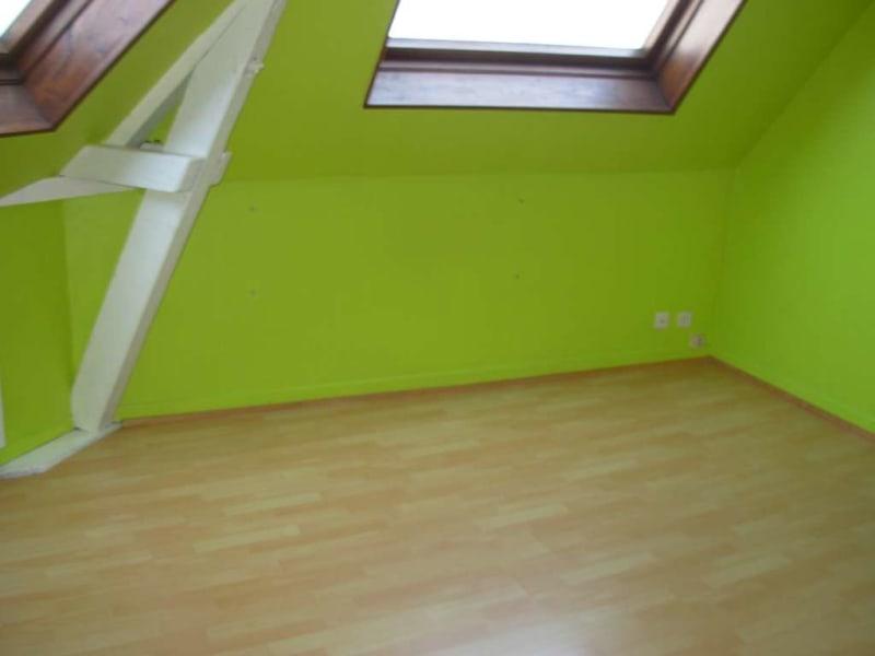 Rental apartment Saint quentin 390€ CC - Picture 2