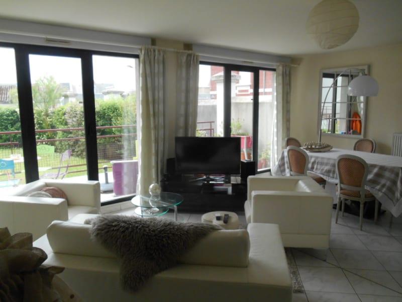 Rental apartment Saint quentin 720€ CC - Picture 1