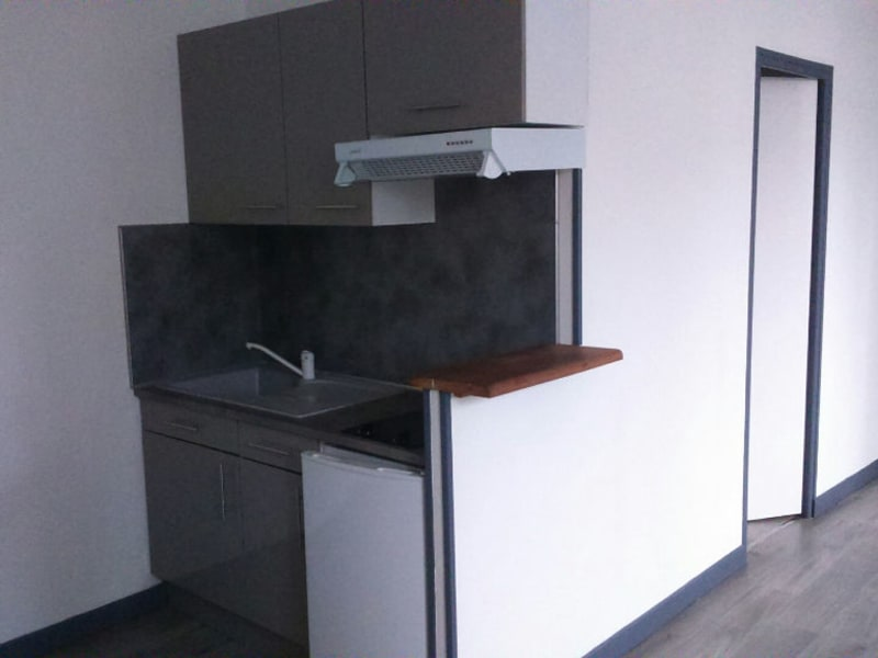 Location appartement Saint quentin 355€ CC - Photo 4