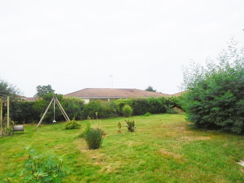 Location maison / villa Les billaux 765€ CC - Photo 2