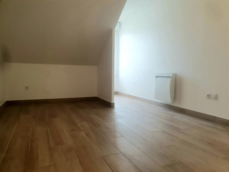 Location appartement Buc 856€ CC - Photo 4