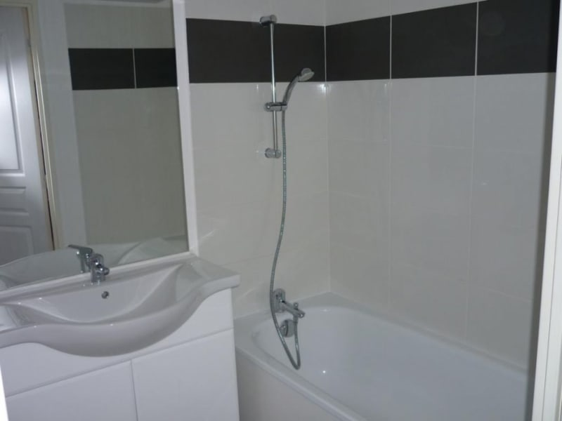 Location appartement Lisieux 590€ CC - Photo 5