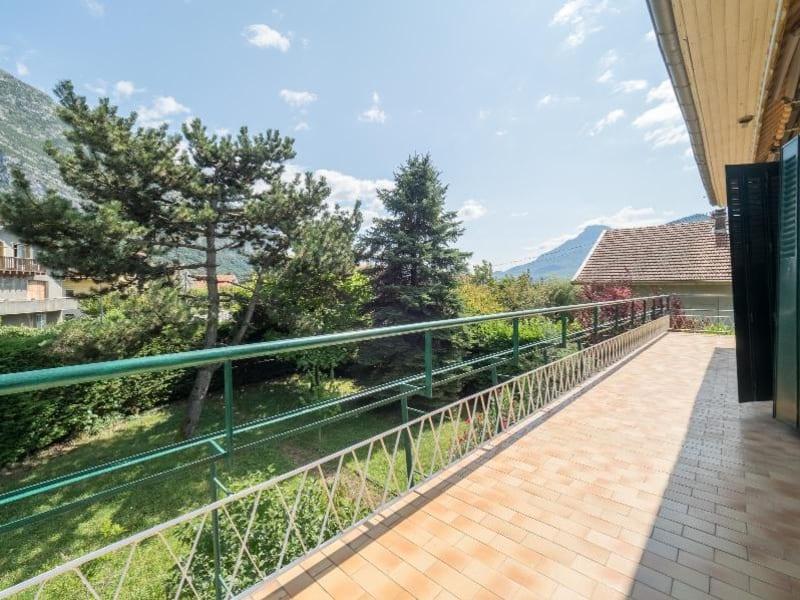 Location maison / villa Saint egreve 1290€ CC - Photo 8