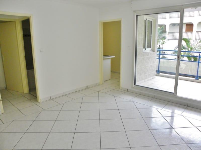 Sale apartment Saint denis 78000€ - Picture 1