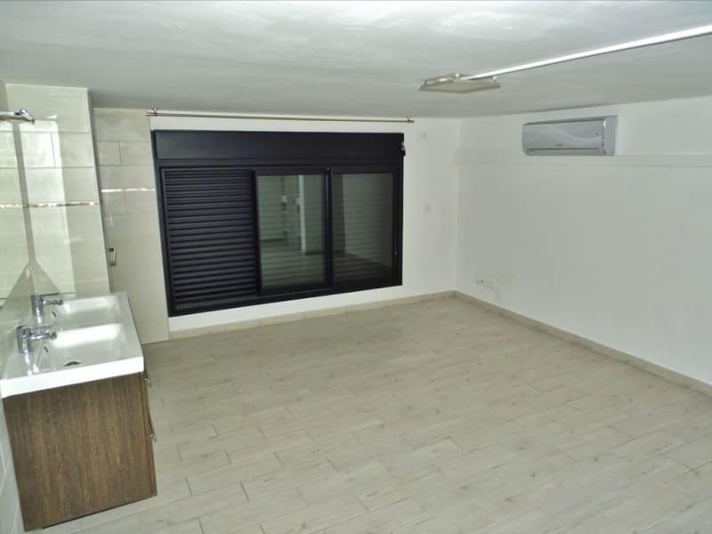 Rental empty room/storage Saint denis 1700€ HC - Picture 6
