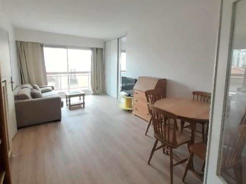 Location appartement Paris 16ème 1357€ CC - Photo 4