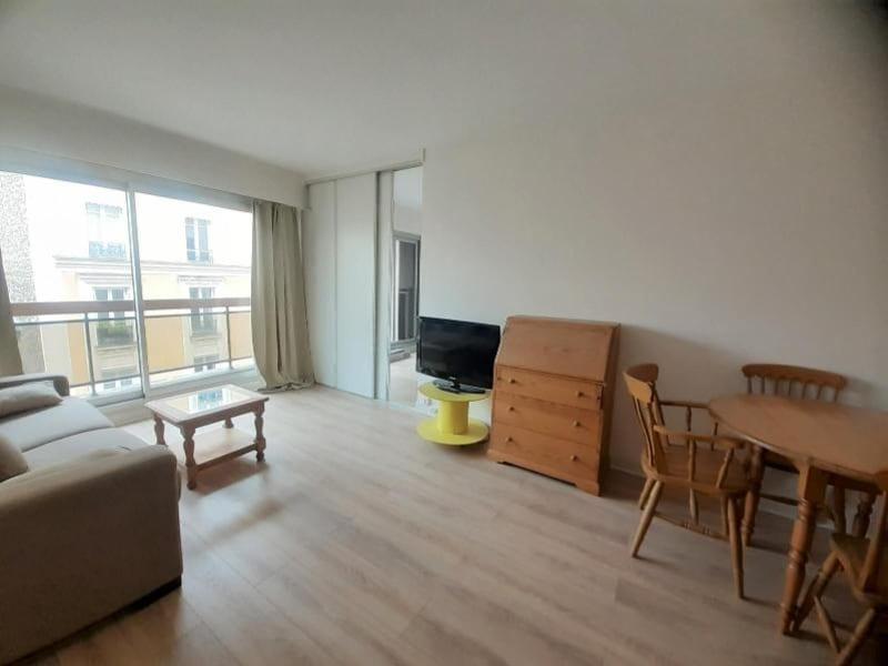 Location appartement Paris 16ème 1357€ CC - Photo 5