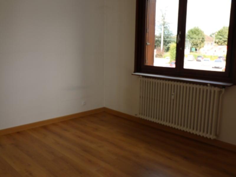 Rental apartment St pierre en faucigny 702,89€ CC - Picture 5
