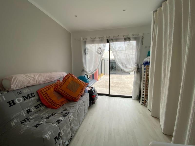 Sale house / villa Arvert 615000€ - Picture 9