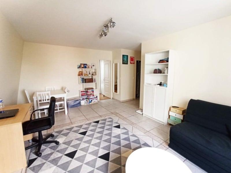 Rental apartment La ville-du-bois 715€ CC - Picture 2