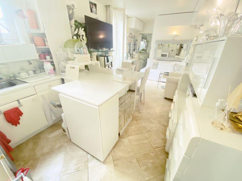 Sale apartment Paris 10ème 435000€ - Picture 7
