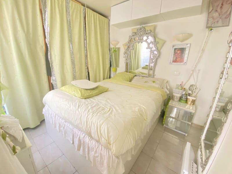 Sale apartment Paris 10ème 435000€ - Picture 8