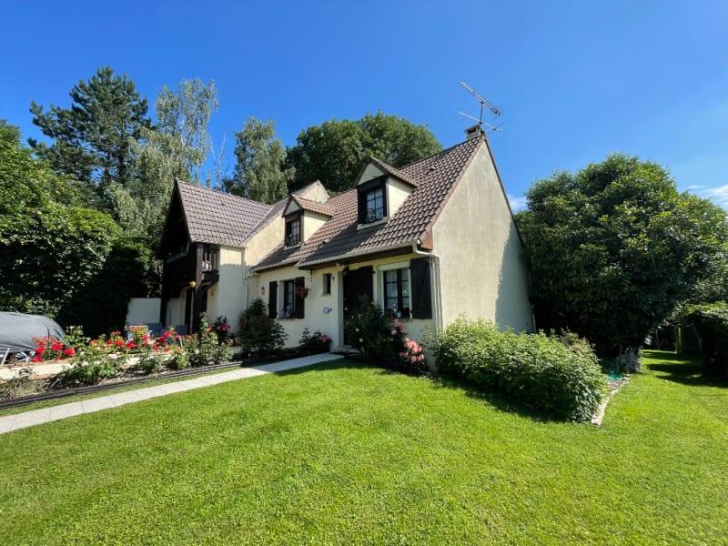 Sale house / villa Gisors 299000€ - Picture 1