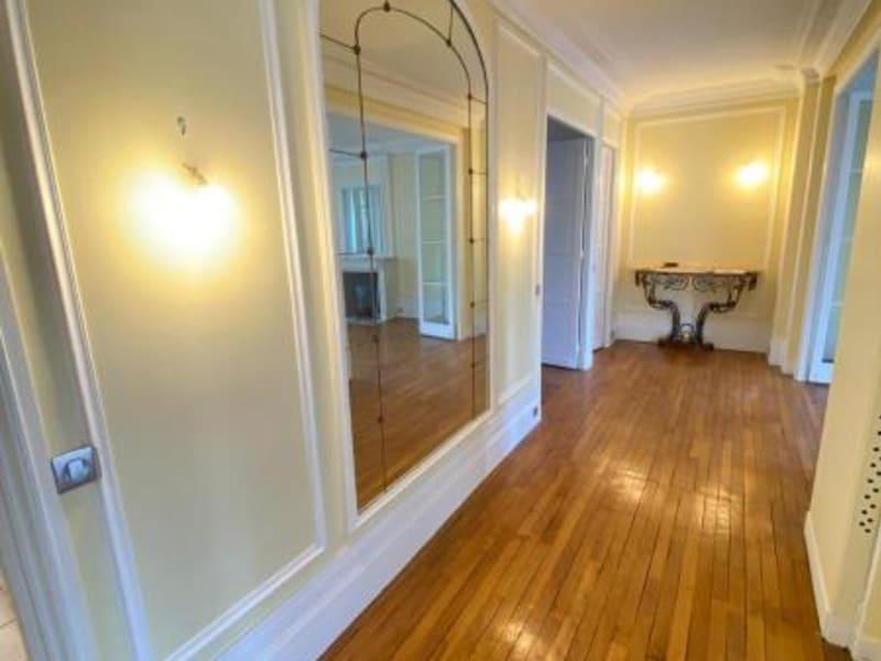 Location appartement Paris 17ème 3190€ CC - Photo 2