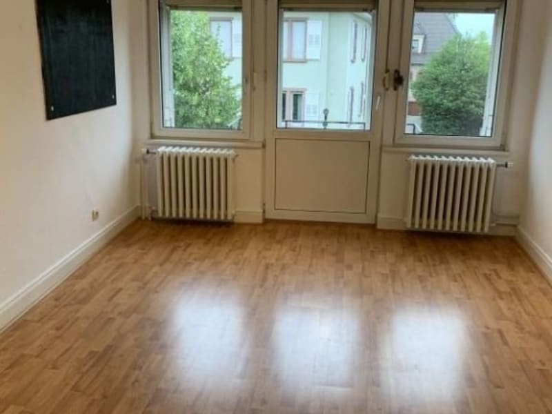 Location maison / villa Eckbolsheim 1600€ CC - Photo 3