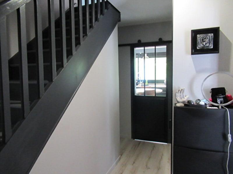 Sale house / villa Beaucouze 325500€ - Picture 4