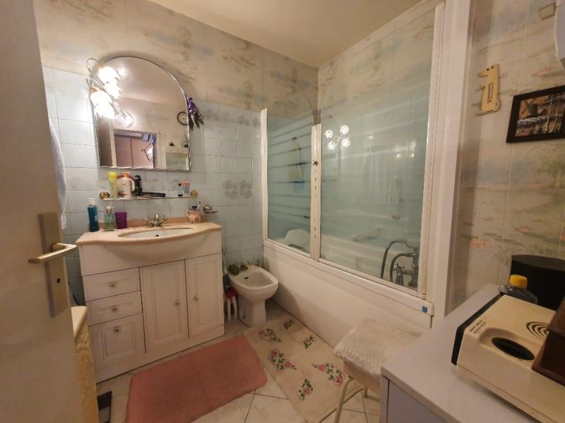 Venta  apartamento Hyeres 265000€ - Fotografía 10