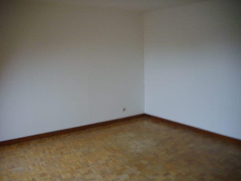 Rental apartment Aire sur la lys 473€ CC - Picture 8