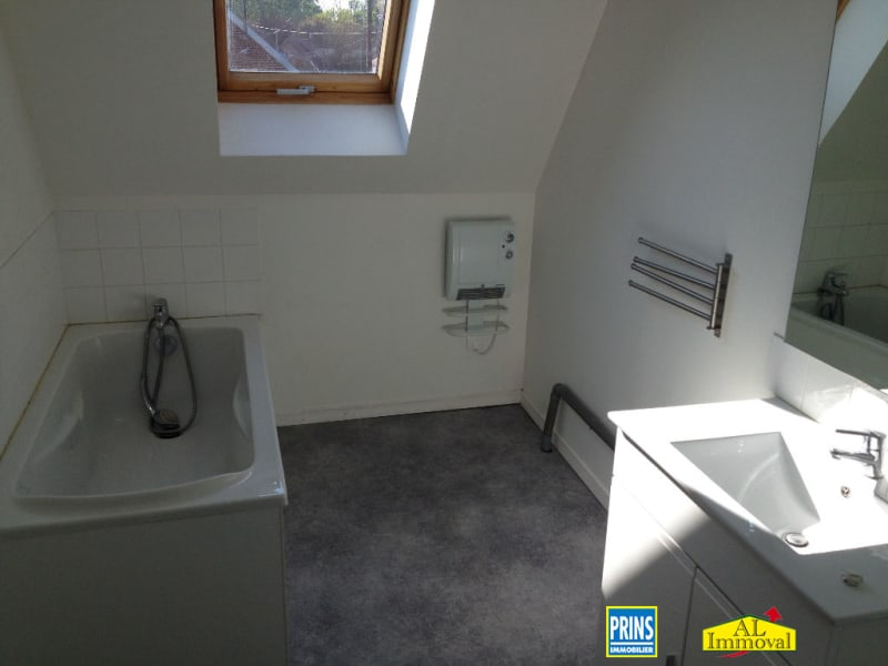Rental apartment Renescure 538€ CC - Picture 6