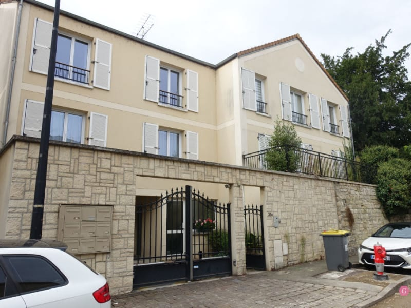 Rental apartment Andresy 849,15€ CC - Picture 1