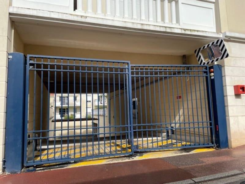 Sale parking spaces Montlhéry 24000€ - Picture 2
