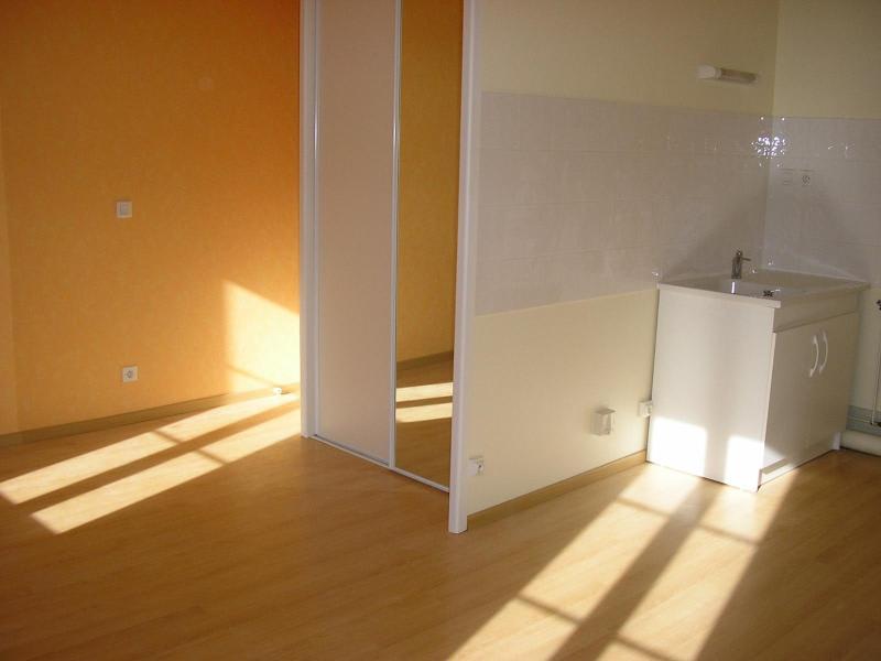 Location appartement Nantua 230€ CC - Photo 1