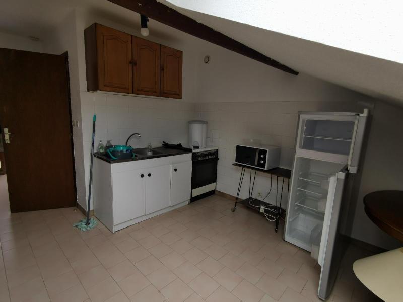 Rental apartment Izernore 350€ CC - Picture 3
