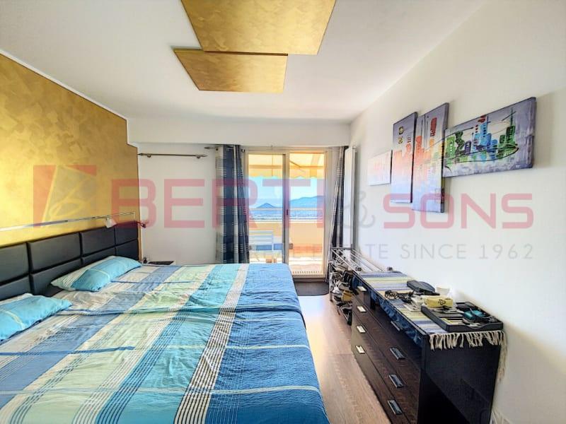 Sale apartment Mandelieu la napoule 660000€ - Picture 5
