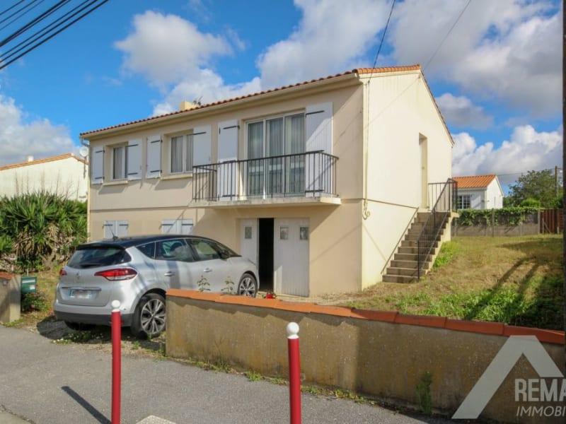 Sale house / villa Aizenay 169140€ - Picture 1