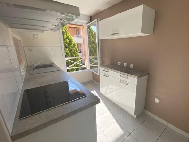 Location appartement Saint jean 995€ CC - Photo 3