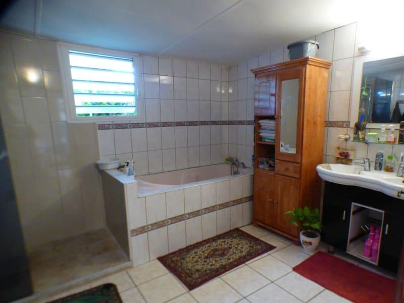 Vente maison / villa Les avirons 170000€ - Photo 5