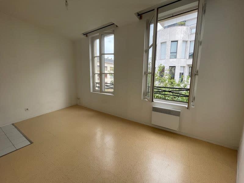Rental apartment Rouen 330€ CC - Picture 1