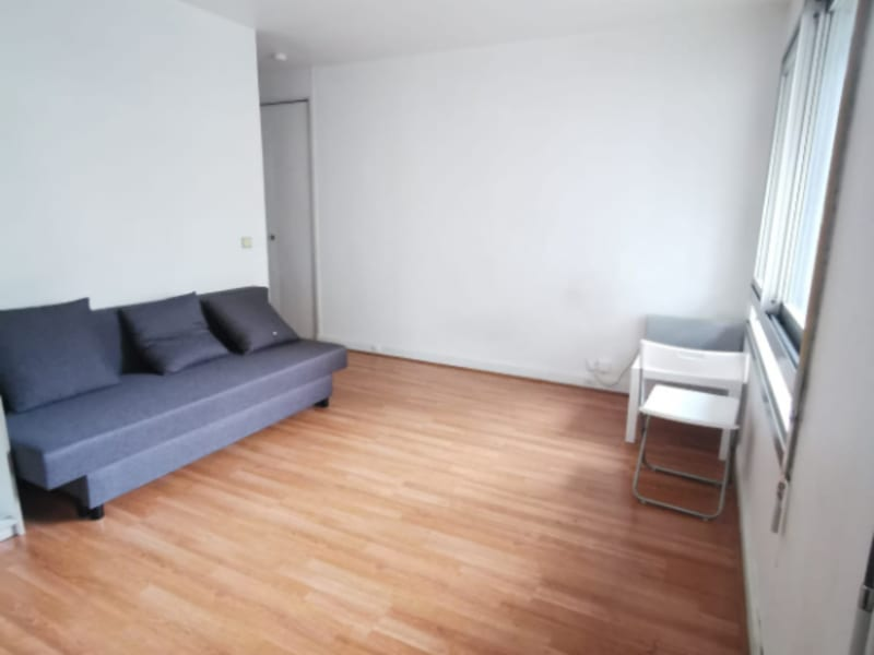 Rental apartment Paris 15ème 854€ CC - Picture 2