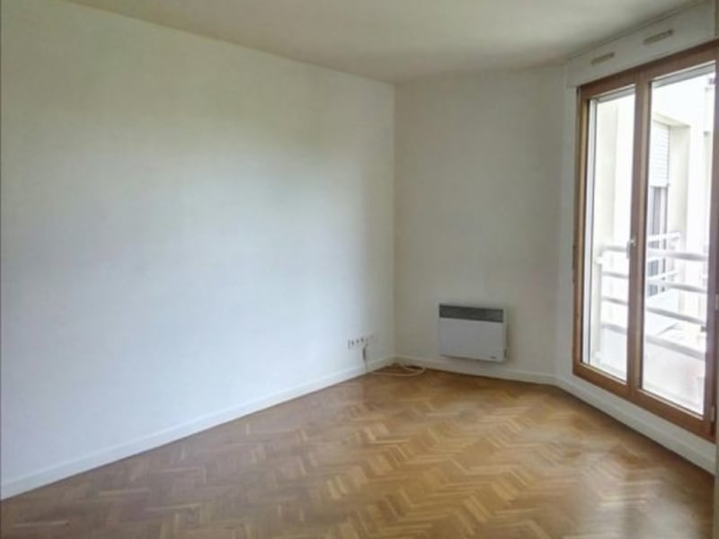 Location appartement Suresnes 1150€ CC - Photo 1