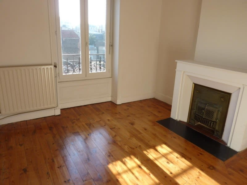 Rental apartment Roanne 453€ CC - Picture 1
