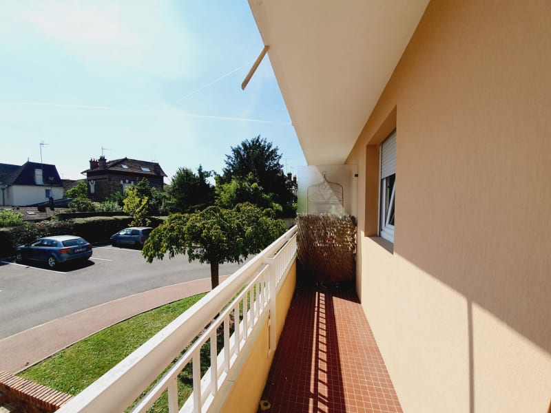 Sale apartment Gagny 299000€ - Picture 2
