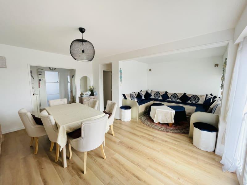 Sale apartment Les pavillons-sous-bois 204000€ - Picture 1